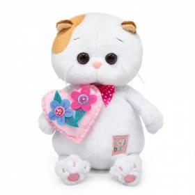 Кошечка Ли-Ли с сердечком
