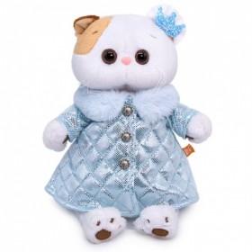 Кошечка Ли-Ли в стеганном пальто