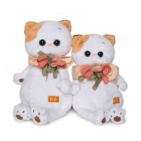 Кошечка Ли-Ли с цветами из шелка (24 см)